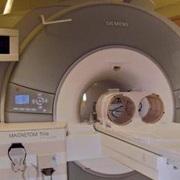 Американец создал первый томограф для двоих